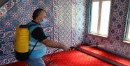 İzmit Belediyesi camileri ibadete hazırlıyor...