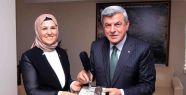 Milletvekilleri Sezer ve Yaman'dan Başkan...