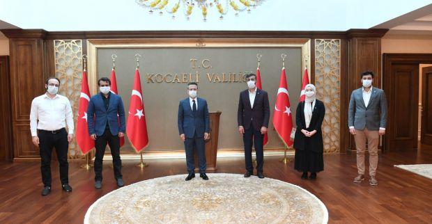 TÜGVA Kocaeli Başkanı Muhammet Hanefi Akbulut ve Yönetimi Sayın Valimizi Ziyarette Bulundu.