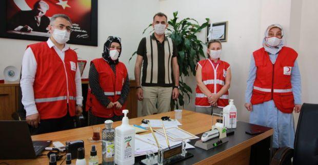 Türk kızılayı Derincede yardımlarına devam ediyor