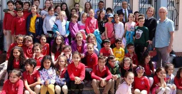 Ukrayna ve Faslı çocuklar ülkelerine döndü