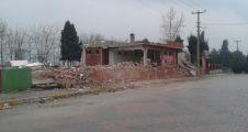 Belediye eski Öğretmenevini yıktı