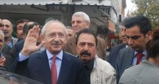 Kılıçdaroğlu Yenikent'te vatandaşı dinledi
