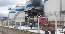 Dolum yapan tanker patladı