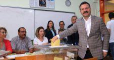 Kocaeli Valisi Hüseyin Aksoy, oyunu İzmit'te kullandı