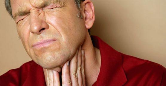 Как убрать косточку в горле в домашних