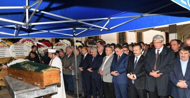 Vali Aksoy Hayriye Ekşi'nin Cenaze Törenine Katıldı.