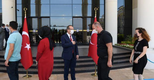 Vali Seddar Yavuz, Kurban Bayramı Öncesi Valilik Personelleriyle Bayramlaştı
