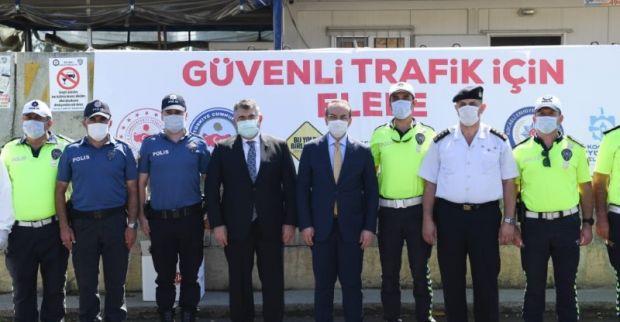 Vali Seddar Yavuz, Trafik Uygulama Noktasını Ziyaret Ederek, Kurban Bayramı Tatili Süresince Alınan Trafik Tedbirlerini Yerinde İnceledi