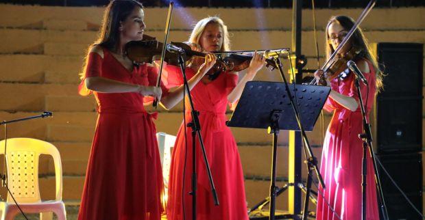 Vera Trio İzmit Belediyesi ile barış için çalacak