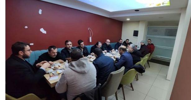 Yeniden Refah Partisi Derince Teşkilatı Sabah Namazı Buluşmasında bir araya geldi.