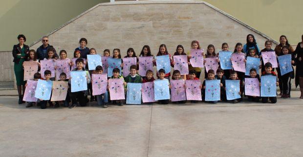 Yıldızlar Sınıfı  Ebru Sanatı ile Rengarenk Çalışmalar Yaptı